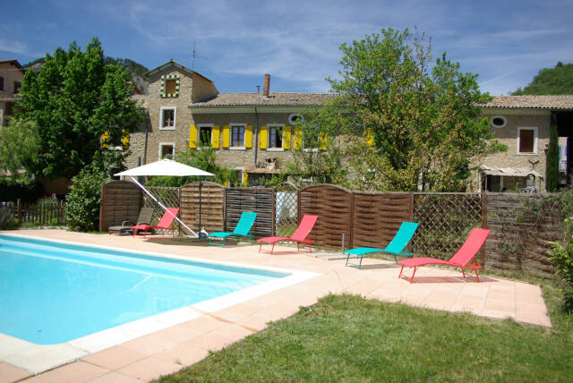 maison-des-hotes-5-piscine
