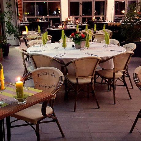itineraire-le-real-curbans-restaurant-salle-interieure-900
