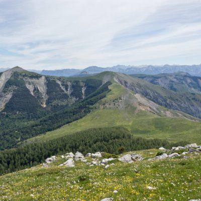 Lac des monges randonnées pédestres alpes de haute provence