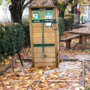 station vélo multi services à clamensane lavage vélo gonflage vélo