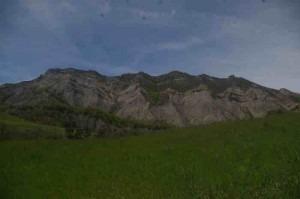 randonnée crête des barses à turriers dans les alpes de haute provence