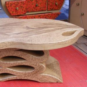 Jérôme Salerno est fabricant que meubles en carton Sisteron