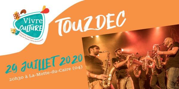 Touzdec en concert durant le festival Vivre Culture 2020